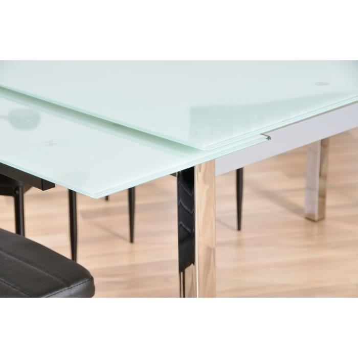 Table streamax extensible en verre blanc et pieds chromes for Chateau d ax table de salle a manger