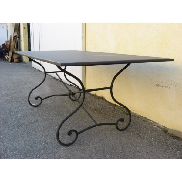 Table salle a manger fer forge et metal sb samff sb imd3 for Table en fer exterieur